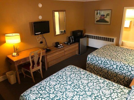 Swanton Motel: Double Room