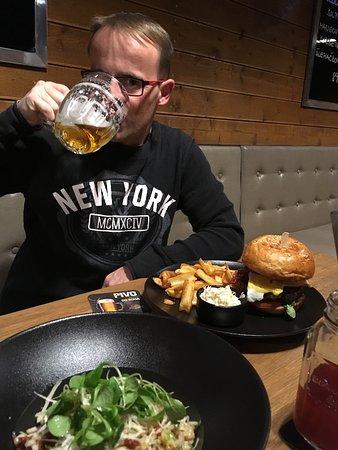 Roznov pod Radhostem, Tsjechië: CityClub burger