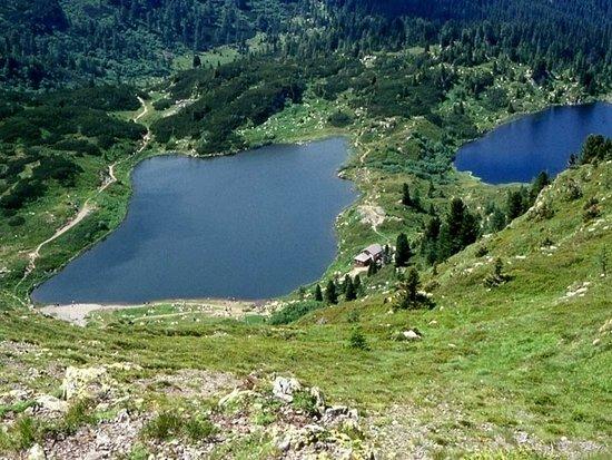 Passo Rolle, Italia: I laghi di Colbricon visti salendo al Cavallazza