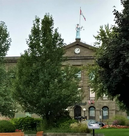 Brockville, Canadá: Leeds and Grenville County Court House
