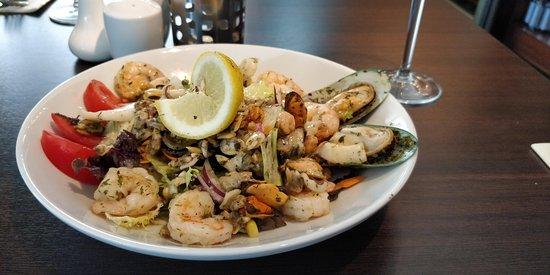 Dunshaughlin, Irlanda: seafood salad