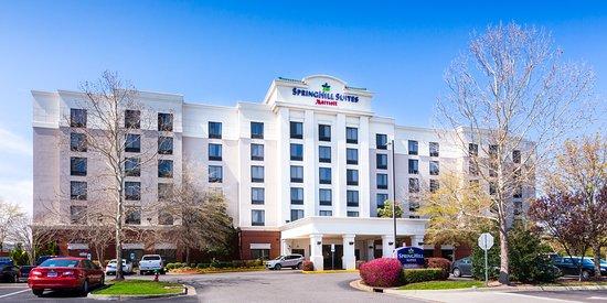SpringHill Suites by Marriott Norfolk Virginia Beach Hotel