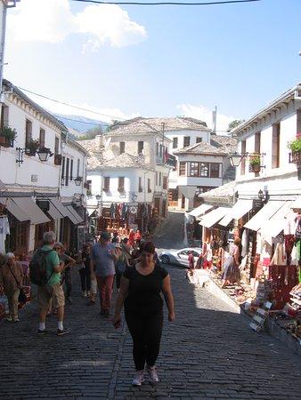 Gjirokastra Bazaar: bazar