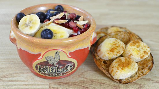 Lake Forest, IL: Everyday Boost Parfait