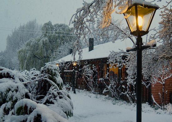 The Old Ferry Hotel Bed & Breakfast: Winter Snow Blankets The Ferry