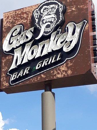 Фотография Gas Monkey Bar N' Grill