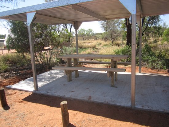 Hermannsburg, Australia: coverports for tent and car dwellers. two with power.