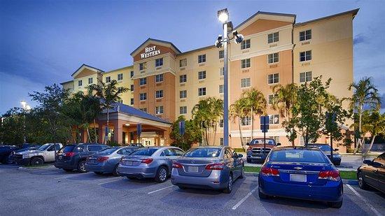 Best Western Plus Fort Lauderdale Airport South Inn & Suites Hotel