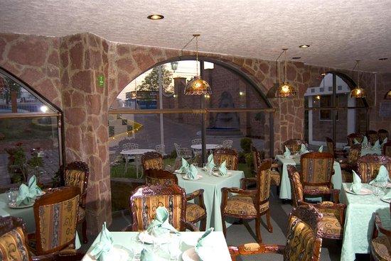 San Miguel Zinacantepec, Mexico: Arcos Restaurant