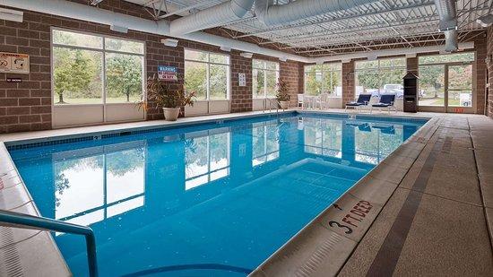 Bentleyville, PA: Indoor Pool