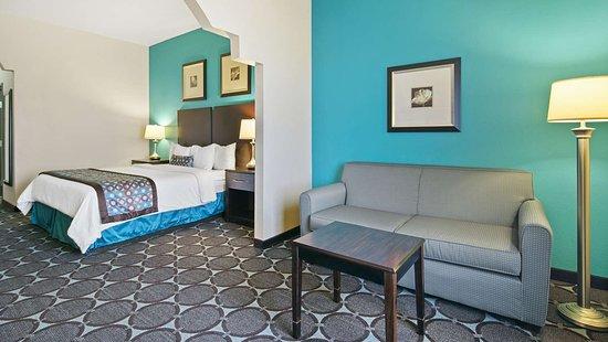 Nogales, AZ : King Suite