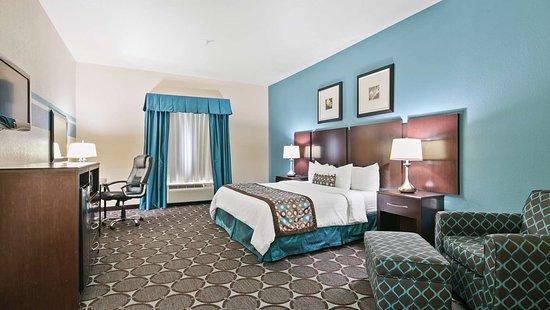 Nogales, AZ : Standard King Bed