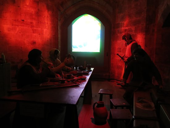 Tonbridge Castle: AV Display Example 1