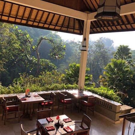Hotel Tjampuhan & Spa: photo3.jpg
