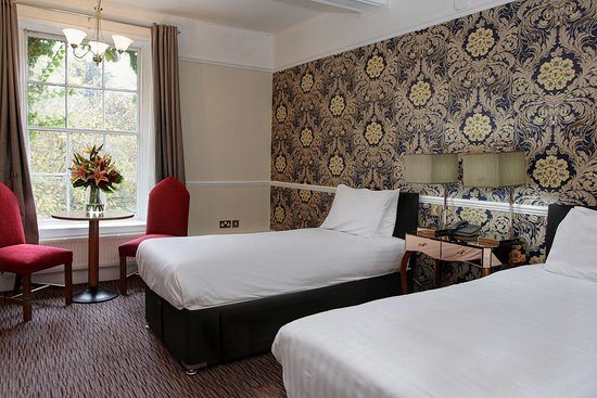 Risley, UK: Guest Room with Two Beds