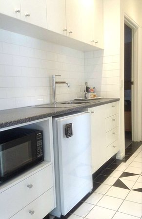 Studio Apartment Kitchenette - Picture of Best Western ...
