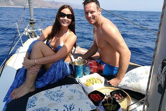 Cena privada en un velero