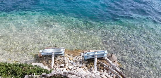 Pasadur, Kroatien: seating and swimming
