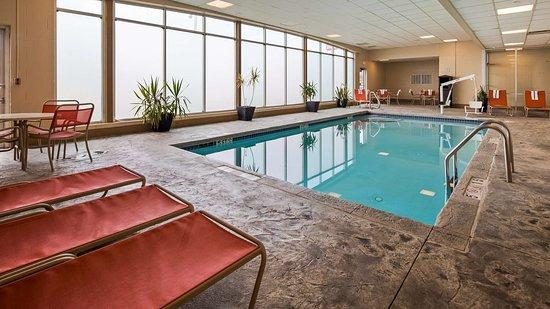 Brook Park, OH: Indoor Pool