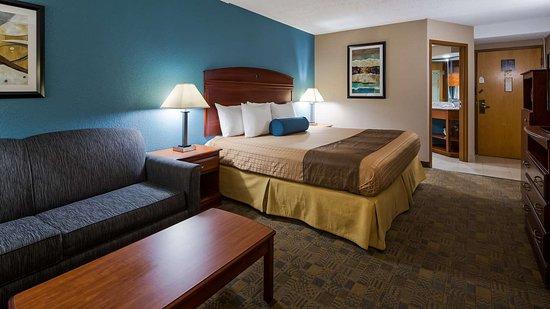 Englewood, OH: Guestroom