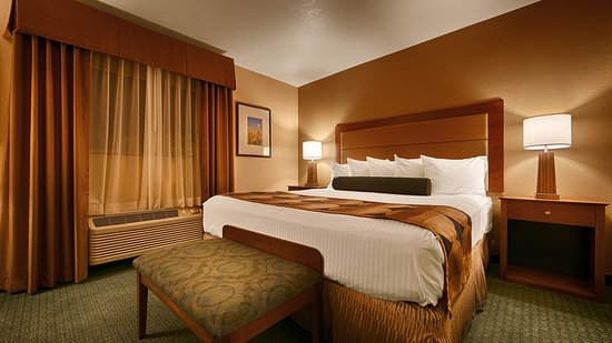 Best Western Gardens Hotel at Joshua Tree National Park: One Bedroom Suite Guest Room