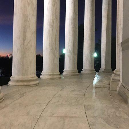 Jefferson Memorial: photo0.jpg