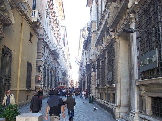 Via Garibaldi : la via