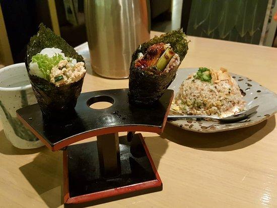 Sushi Zanmai: Handroll and garlic fried rice