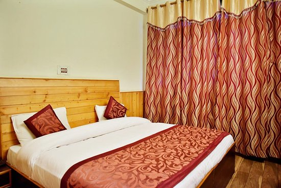 OYO 4605 Hotel Aakarsh