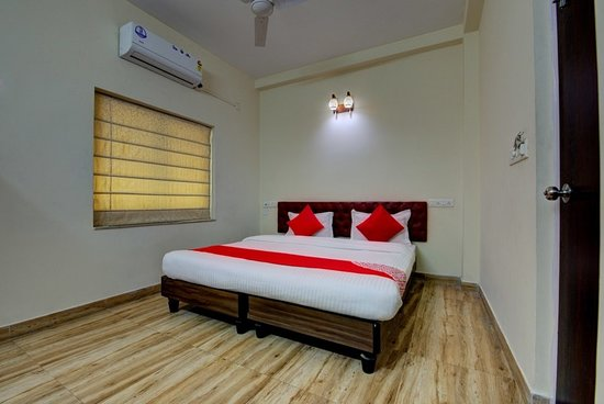 THE 10 CLOSEST Hotels to Bioscope Multiplex Axis Mall