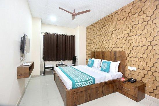 OYO 11934 Hotel De Agya Paradise