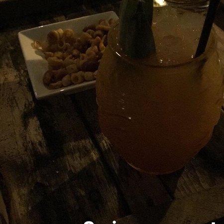 Basoa Cocktail Bar: photo0.jpg
