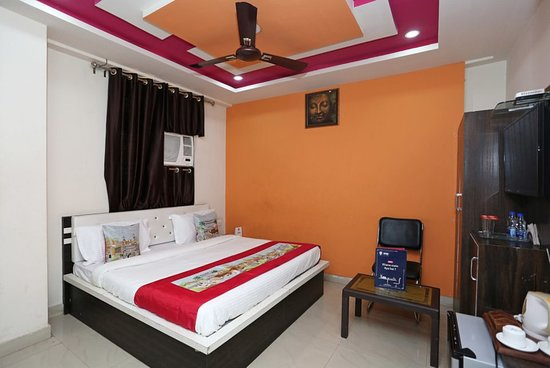 OYO 7773 Hotel Simran Palace