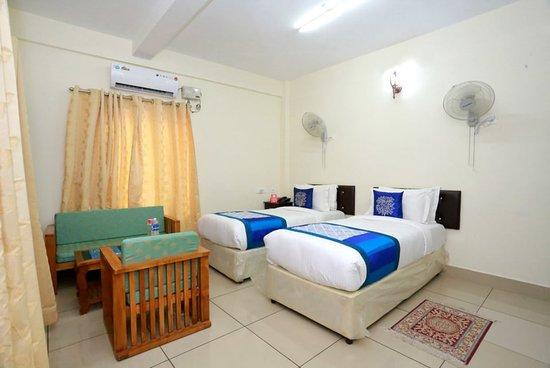 OYO 10320 Sophiya Suites