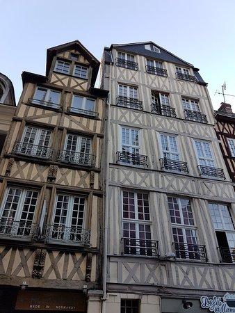 One night stay in Rouen