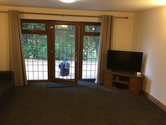 Backwell, UK: Bright and airy, great tv andwifi