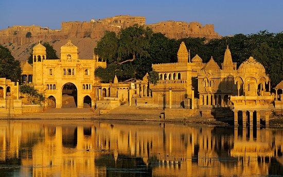 Jaisalmer Taxi and Cab Service