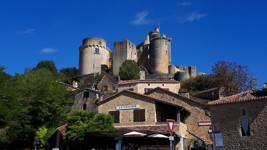 Saint-Front-sur-Lemance, Francia: 20180923_072902_large.jpg