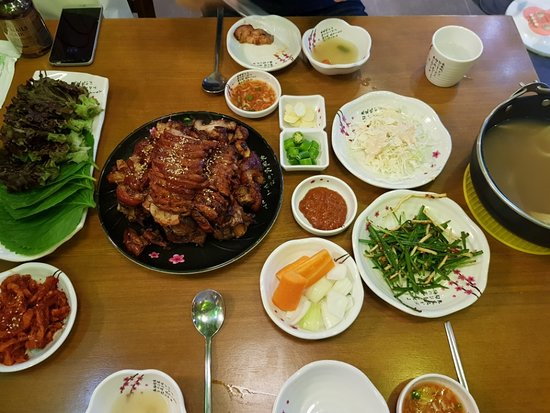 Samchae Pig's Feet Story, Gimpo - Restaurant Reviews