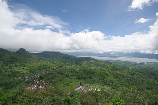 Nyaungshwe, Myanmar: An amazing view with Inle Lake