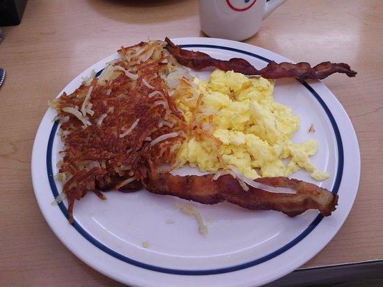 "Senior ""Rise 'N Shine"" breakfast served at IHOP in Stevenson Ranch, CA"