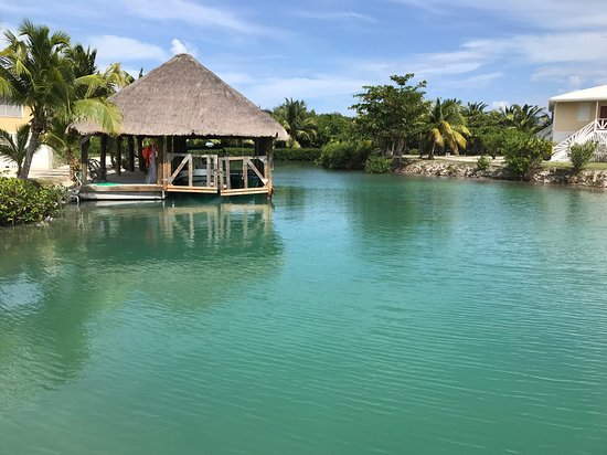 St. George's Caye, Belize: view from boat dock