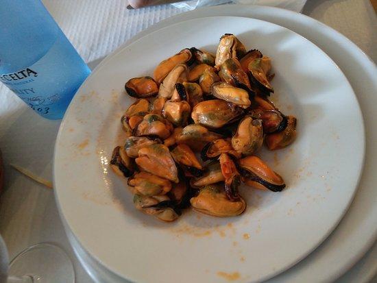 La Bodega: Mejillones en escabeche