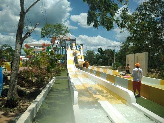 Parque Acuatico Baxal Ja