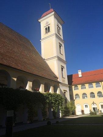 Sankt Georgen am Längsee, Austria: Stiftskirche