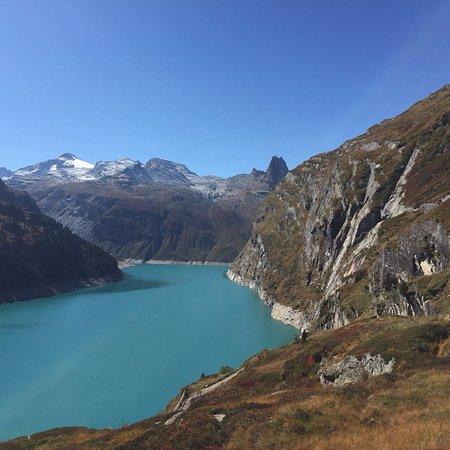Vals, Suiza: Stausee Zervreila