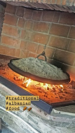 Petrele, Albanien: a traditional albanian way of cooking