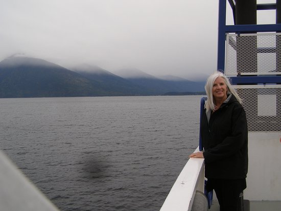 Balfour, Canada: Brenda enjoying the scenery as viewed from the Osprey 2000.