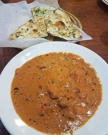 Milpitas, Kaliforniya: Chicken Tikka Masala ($7.69) & Garlic Naan ($1.69)