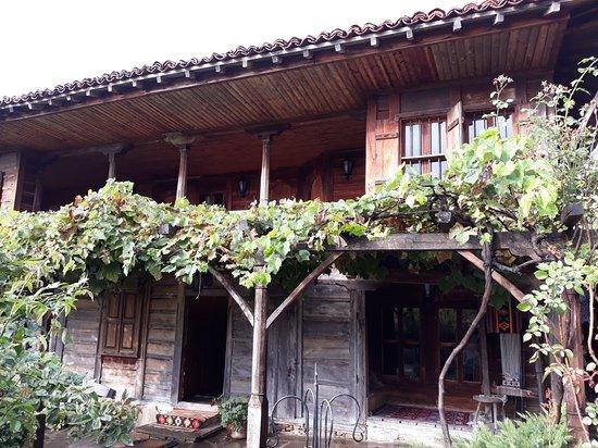 Zheravna, Bulgária: 20181002_092846_large.jpg